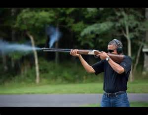 Obama_shoots_rifle