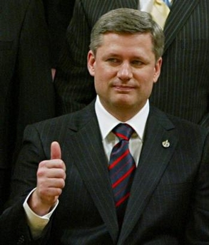 Stephen Harper_at_swearing_in_2_AP_PHOTO_Tom Hanson_CP
